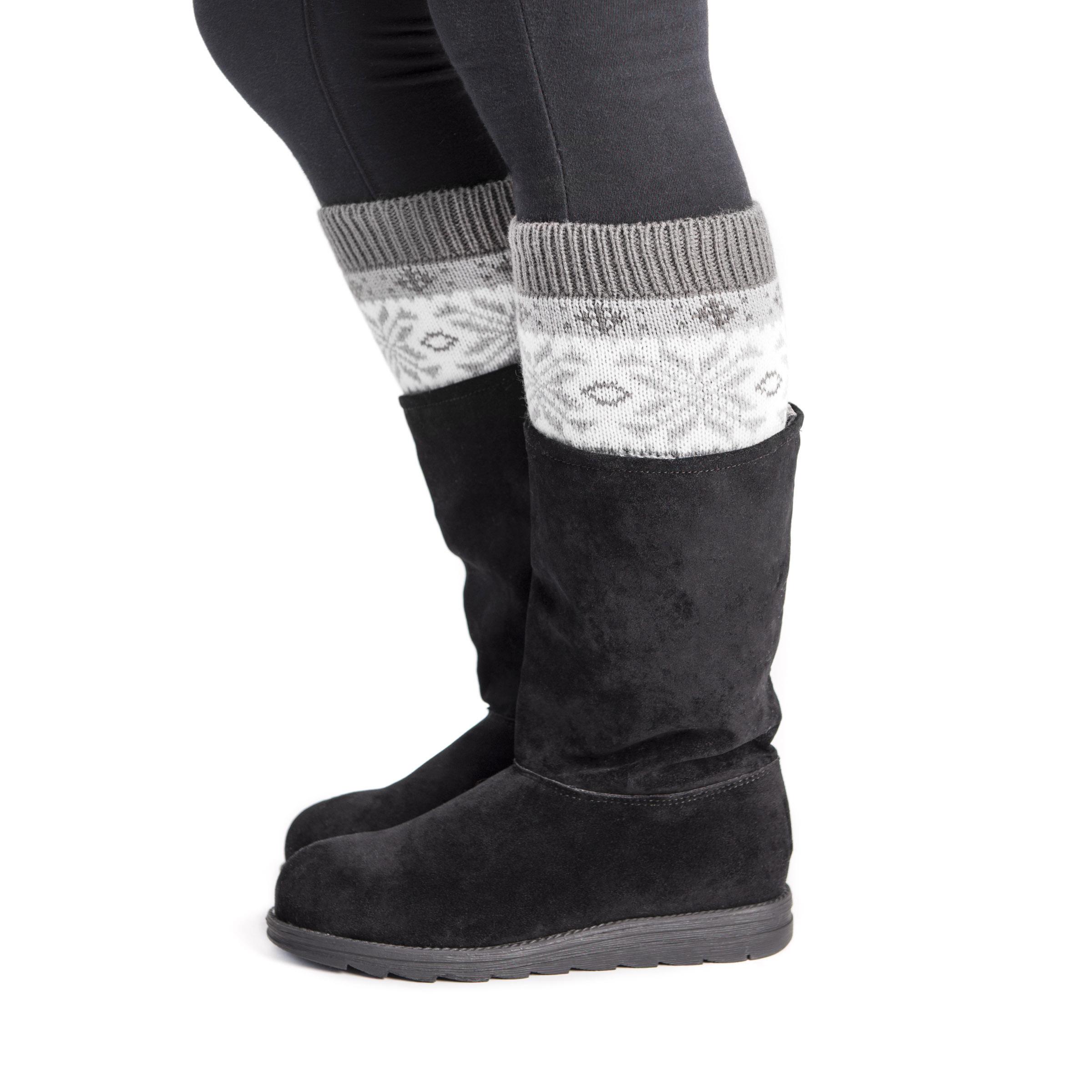 MUK LUKS 2-Pack Reversible Snowflake Boot Toppers (Women's) TZqhxIXrn8