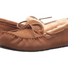 UGG Olsen (Chestnut Suede) Men's Slip on Shoes