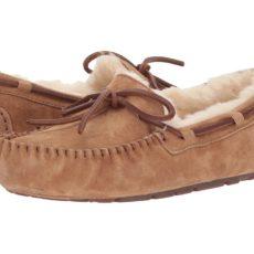 UGG Dakota (Chestnut) Women's Moccasin Shoes