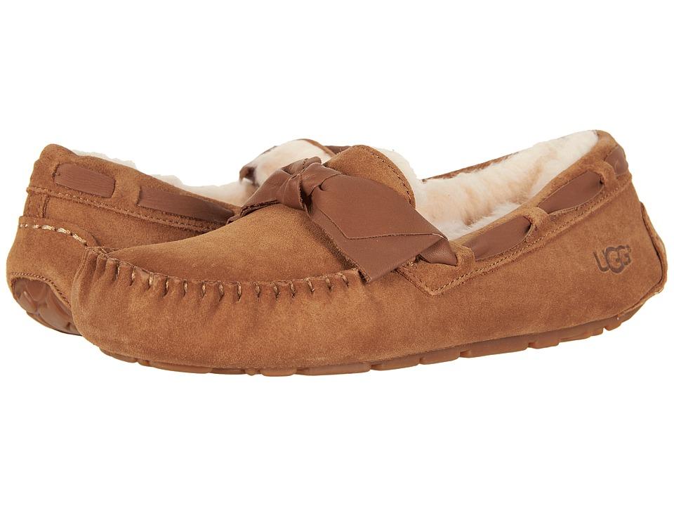 565b14a9cb6 UGG Dakota Leather Bow (Chestnut) Women's Moccasin Shoes