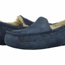 UGG Ascot - WIDE (New Navy/New Navy Suede) Men's Slippers