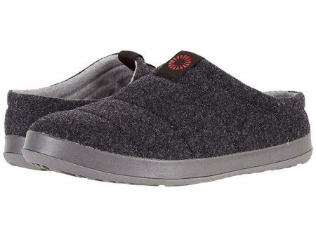 UGG Samvitt (Black) Men's Slippers
